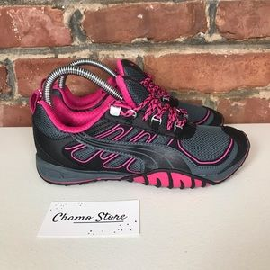 Puma Woman's Fells Trail Running Shoes Sz 6.5